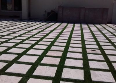 artifical turf and stone pavers